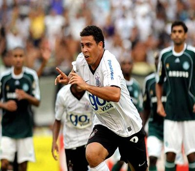 Ronaldo foi um sucesso dentro e fora de campo